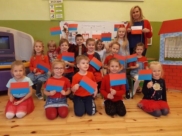 Przedszkolaki świętują imieniny Lubartowa