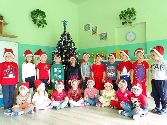 W oczekiwaniu na Święta w Biedronkach